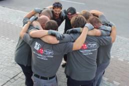 WUBB Mitarbeiter-Kreis zeigt Vertrauen und Sicherheit