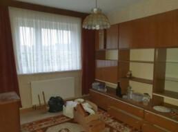 WUBB vollgestelltes Wohnzimmer vor der Entrümpelung